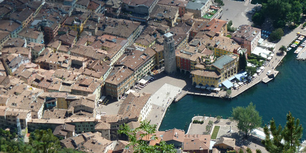 Riva del Garda – a throbbing hub for tourists