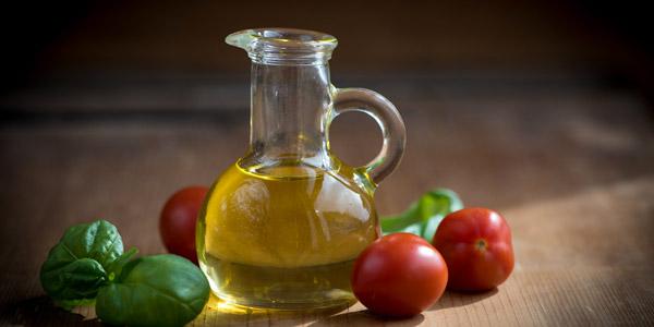 Choosing the Extra Virgin Oil from Malcesine